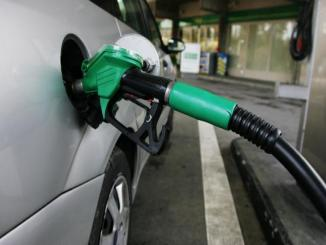 Increasing petrol prices every day, Mumbai to pay around 80 Rs per liter