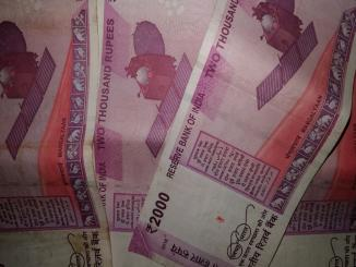 Big question is Govt going to remove Rs 2000 notes, love to Rs 200 notes