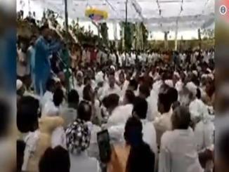 Do Yogendra Yadav have a Muslim name as Yogendra Salim Yadav