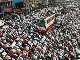 Bangladesh Image, shared as road blocked due to Namaz in India