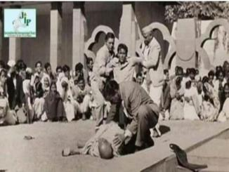 Is it, history a rare pic of Mahatma Gandhi