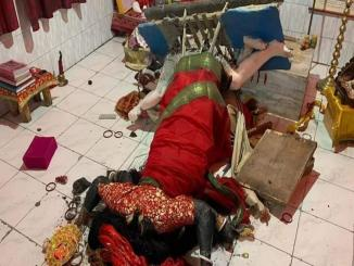 Idol of Maa Kali at Gate Bazar Kali Mandir in Siliguri demolished