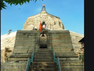Srinagar's Shankaracharya Temple was lit up during Maha Shivratri